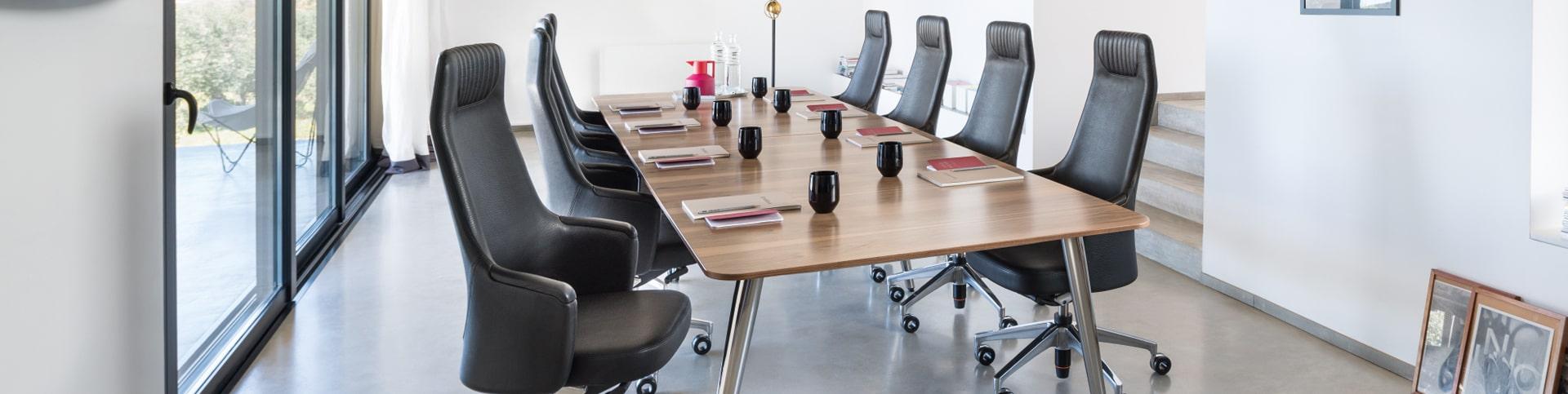 Konferenzmöbel von Sedus, Spiegels und C+P für Büro, Kanzlei, Wartezimmer und mehr.